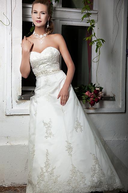 Suknie ślubne Z Kolekcji Romance Od Annais Bridal By Anna Ismenska