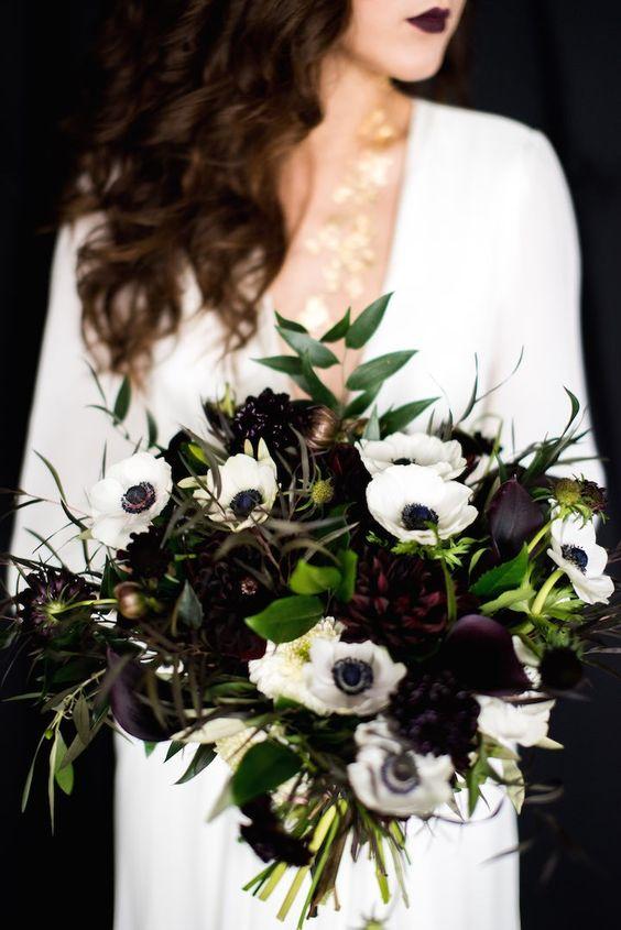 czarny kolor na ślubie - bukiet ślubny