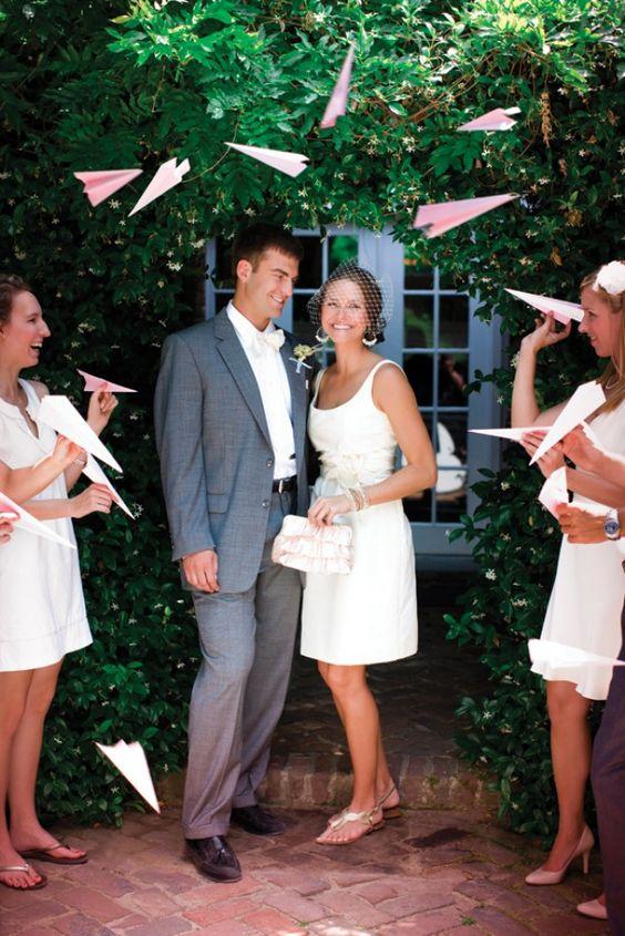 samoloty z życzeniami na ślubie