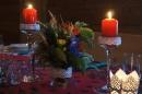 sala weselna, kwiaty, świeczki