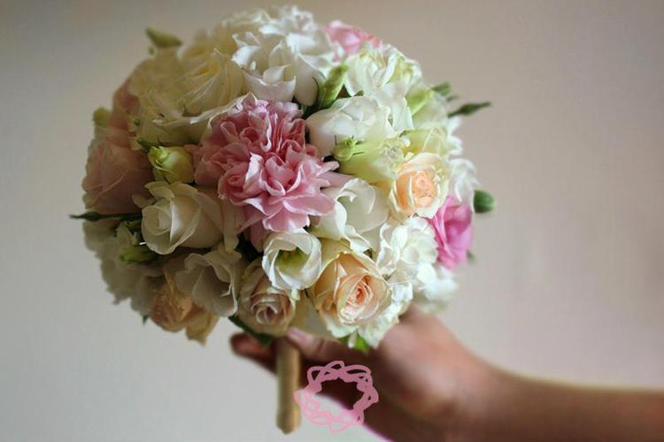 Bukiety ślubne Bukiet ślubny Róża Eustoma Goździk Pobieramysię