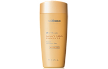 Scrub Optimals Radiance Energy - piling w pudrze od Oriflame